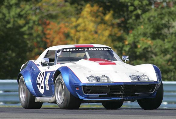 Corvette racing throug the turns at US VIntage Grand Prix in 2011